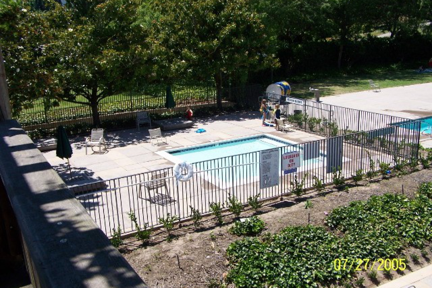 finished_kiddie_pool_deck